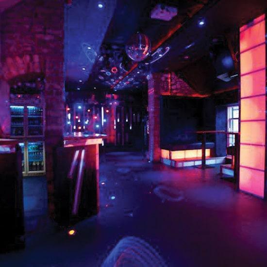 disco-bar1-min